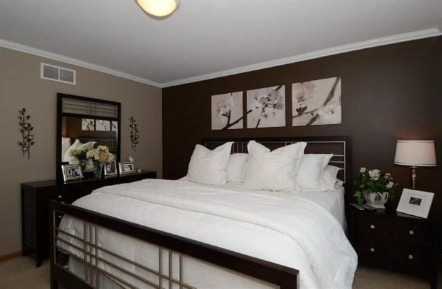 Love The 2 Tone Walls Brown Bedroom Walls Home Bedroom Design