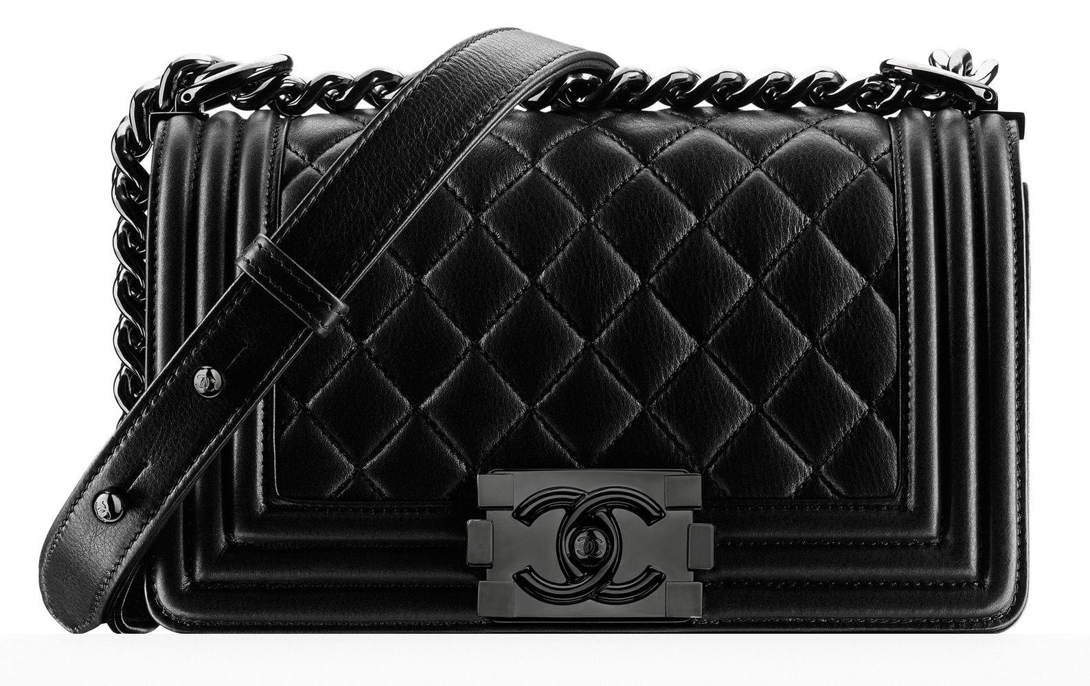 f0ed2f1b9d24 Chanel Small Boy Bag Black | black bags | Chanel spring, Chanel backpack,  Bags