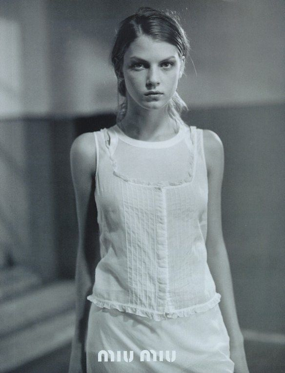 Miu Miu Spring 1997 Angela Lindvall by Glen Luchford from livejournal - 3