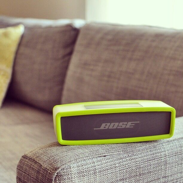 Bose Soundlink Mini Speaker. Deceiving Mini, as sound fills the whole room. High Efficiency Transducers and Dual Passive Radiators.