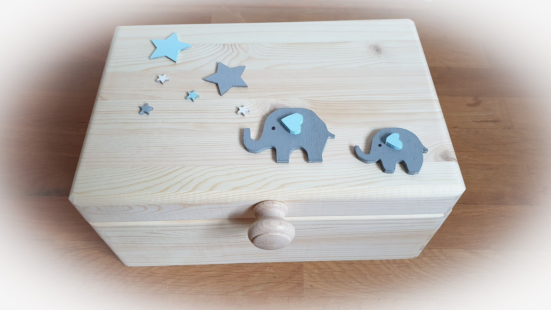 Holzbox zur Geburt Erinnerungsbox Deko Schnuller Geschenk für Jungen