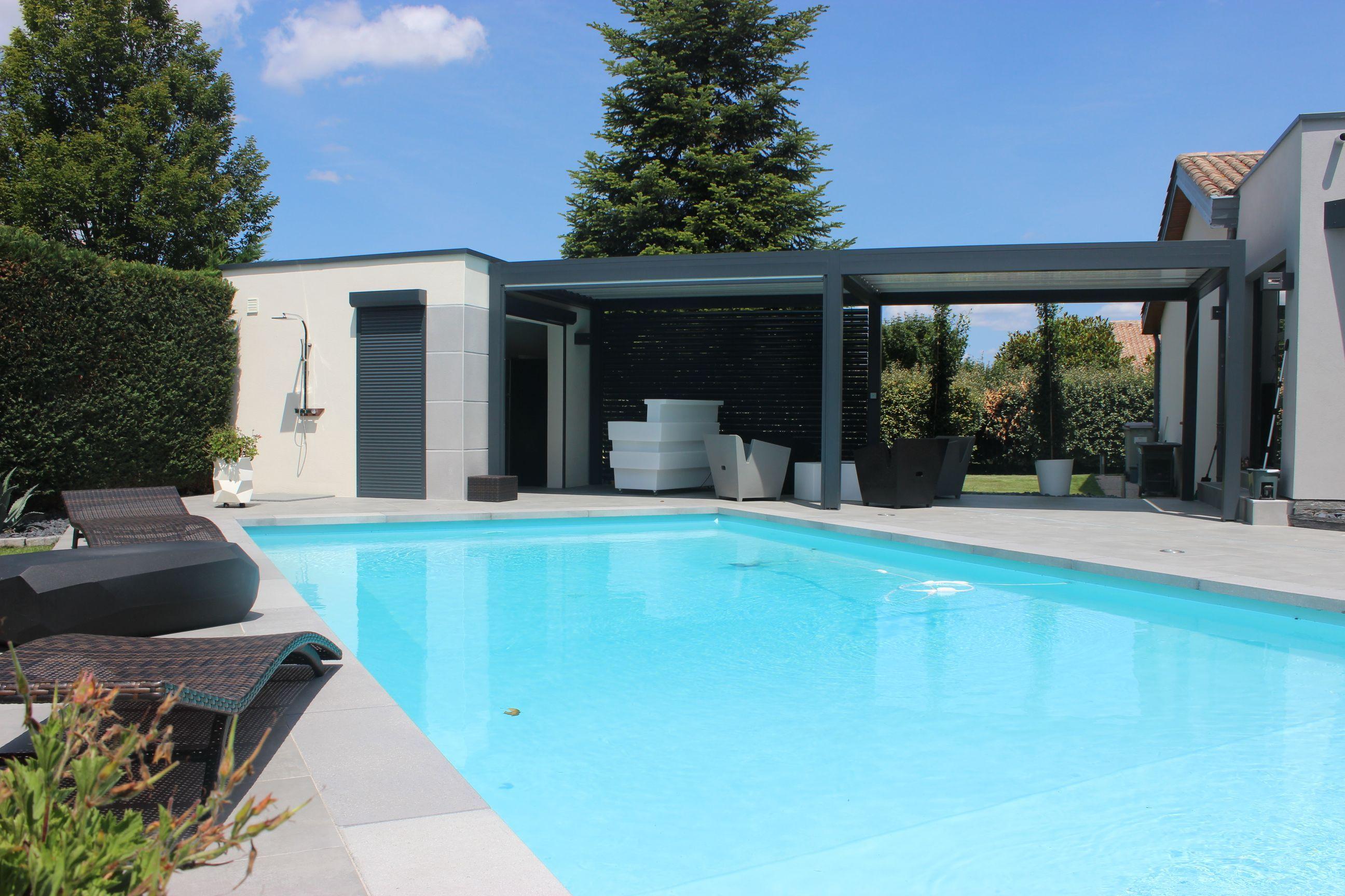 Construire Un Pool House extension et construction d'un pool-house lié à la maison