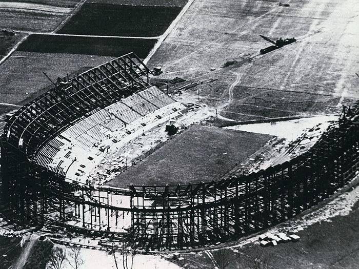 Local Workers Begin On The Ohio State Football Stadium The Shoe 8 3 1921 Ohio State Buckeyes Football Ohio Stadium Ohio