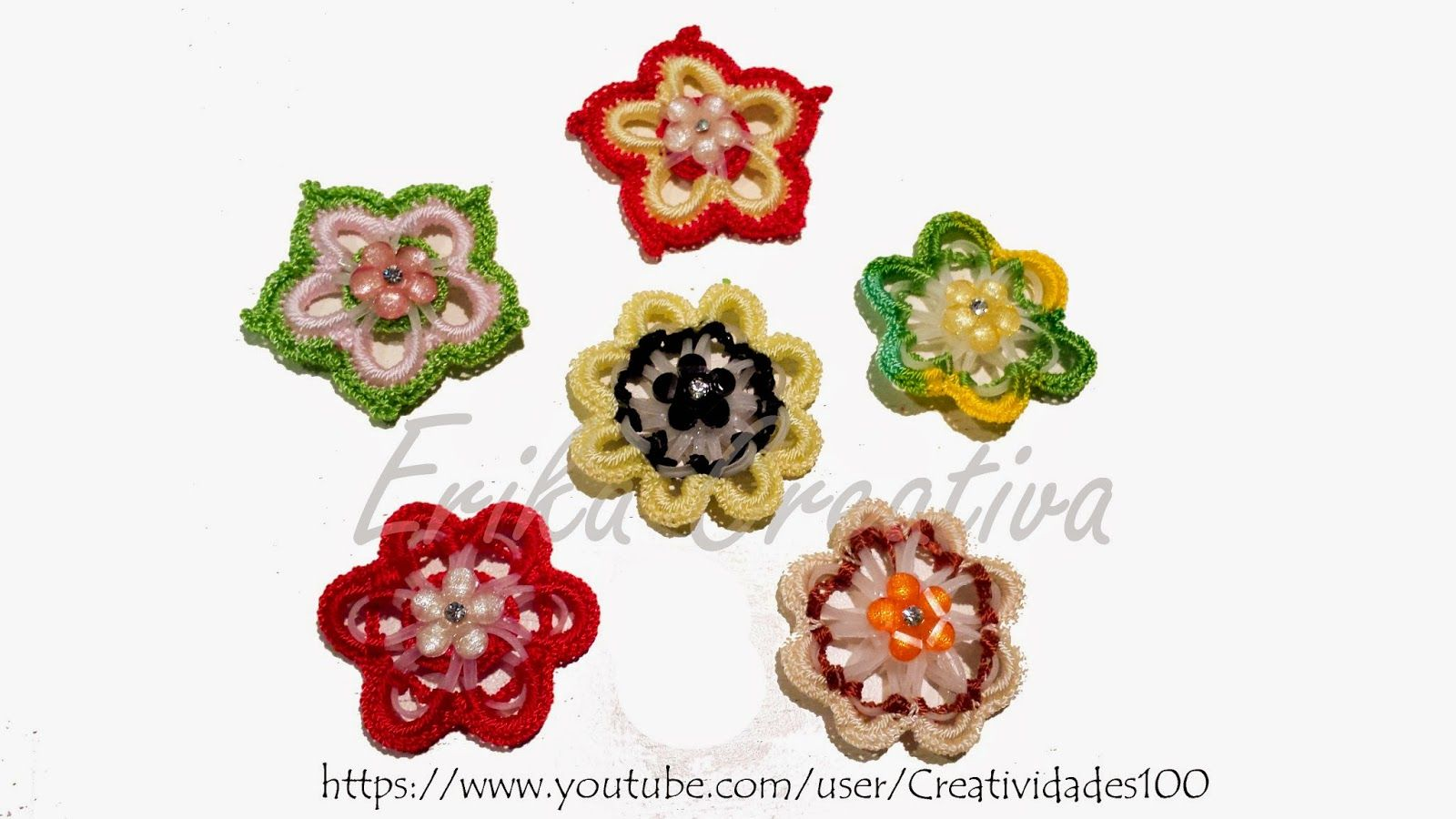 Flores hechas con aros de plástico/Flowers made with plastic rings