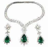 pictures of emerald and diamond necklaces - Bing Images