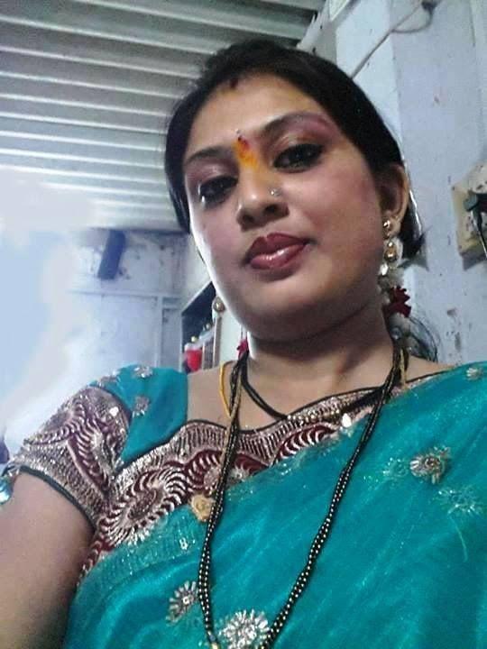 Desi Kambi Katha  Hai  Desi Bhabi, Indian Sarees, Indian -3804