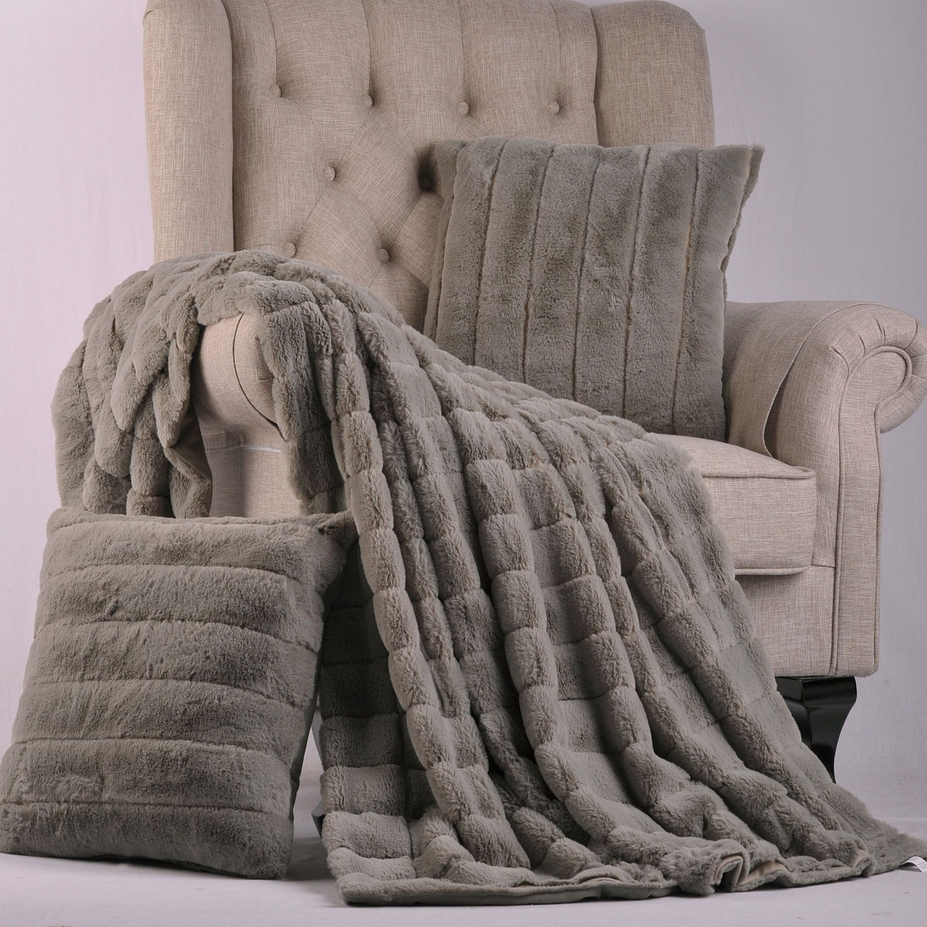 Silver Rabbit Faux Fur Throw Blanket And Pillow Set Combo The Combination Is A Complete Layout For Any Home