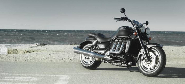 Triumph Rocket III Roadster, la moto con más cilindrada del mercado se renueva - Diariomotor