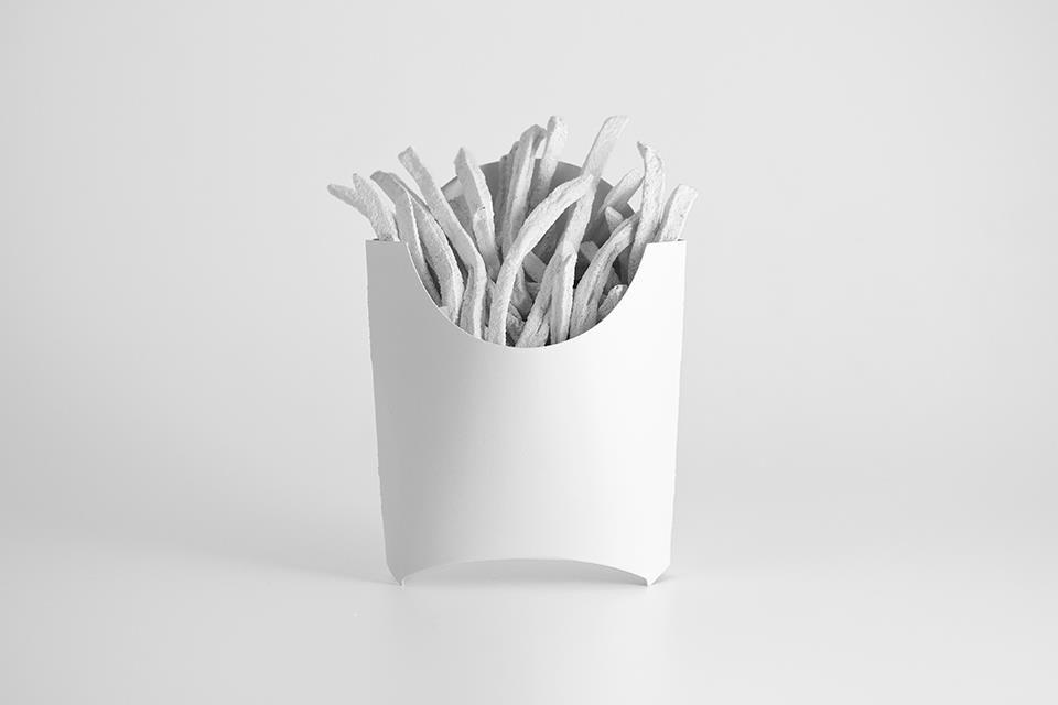 Marcas invisíveis, já ouviram falar? Foram todas pintadas de branco e fotografadas, veja http://bbus.biz/t/110685