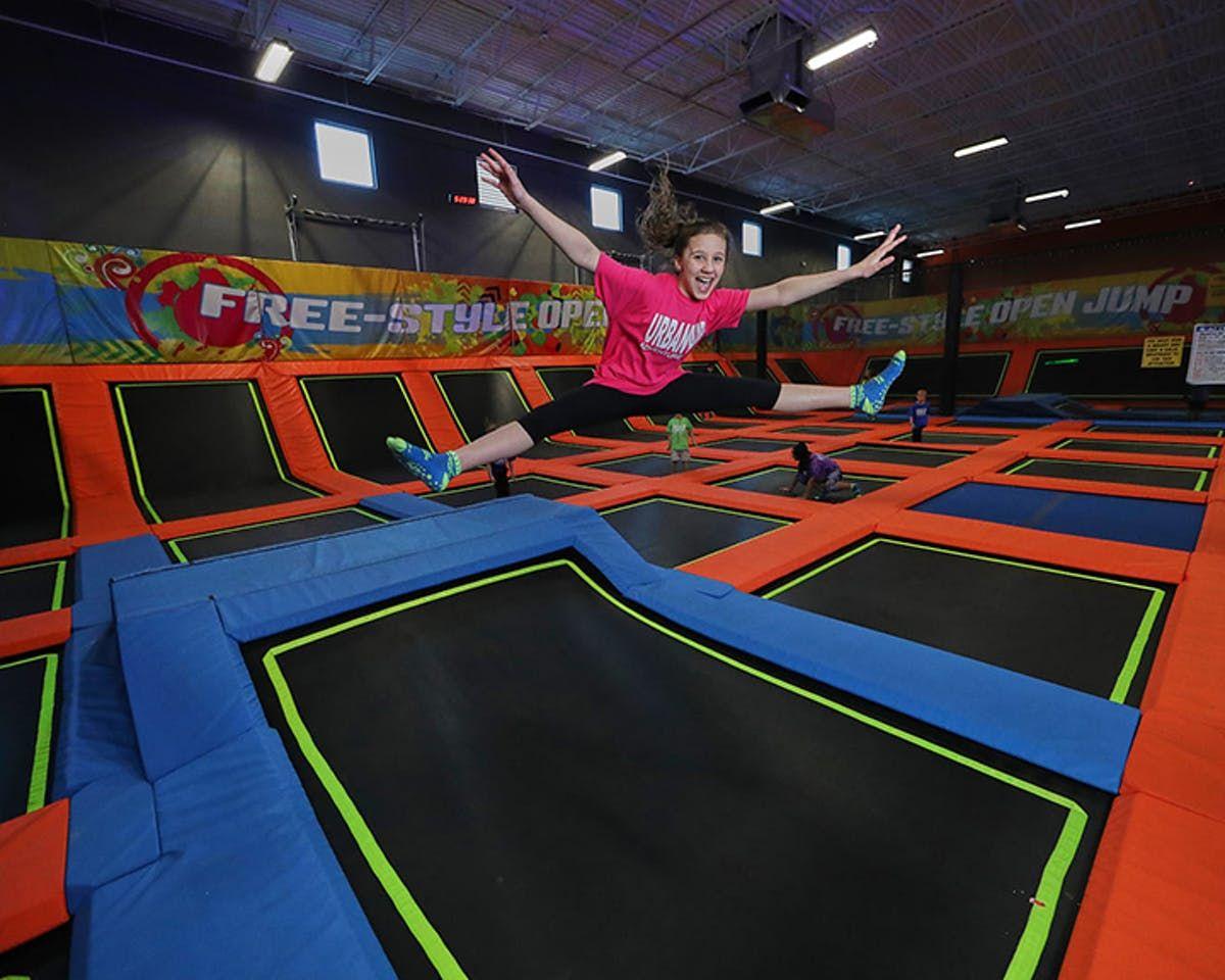 Attractions 15 Indoor trampoline, Trampoline park