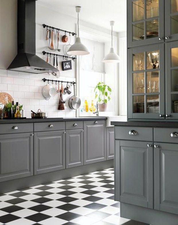 Charmant IKEA Kitchen With Gray Cabinets And Black And White Checkered Floors, Via  @sarahsarna.