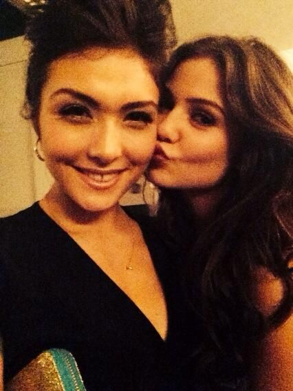 Daniella Pineda and Danielle Campbell!<3