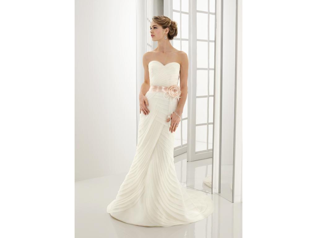 Kenneth pool carina size sample wedding dresses mori