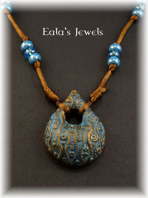 Lapis and gold teardrop pendant | Flickr - Photo Sharing!