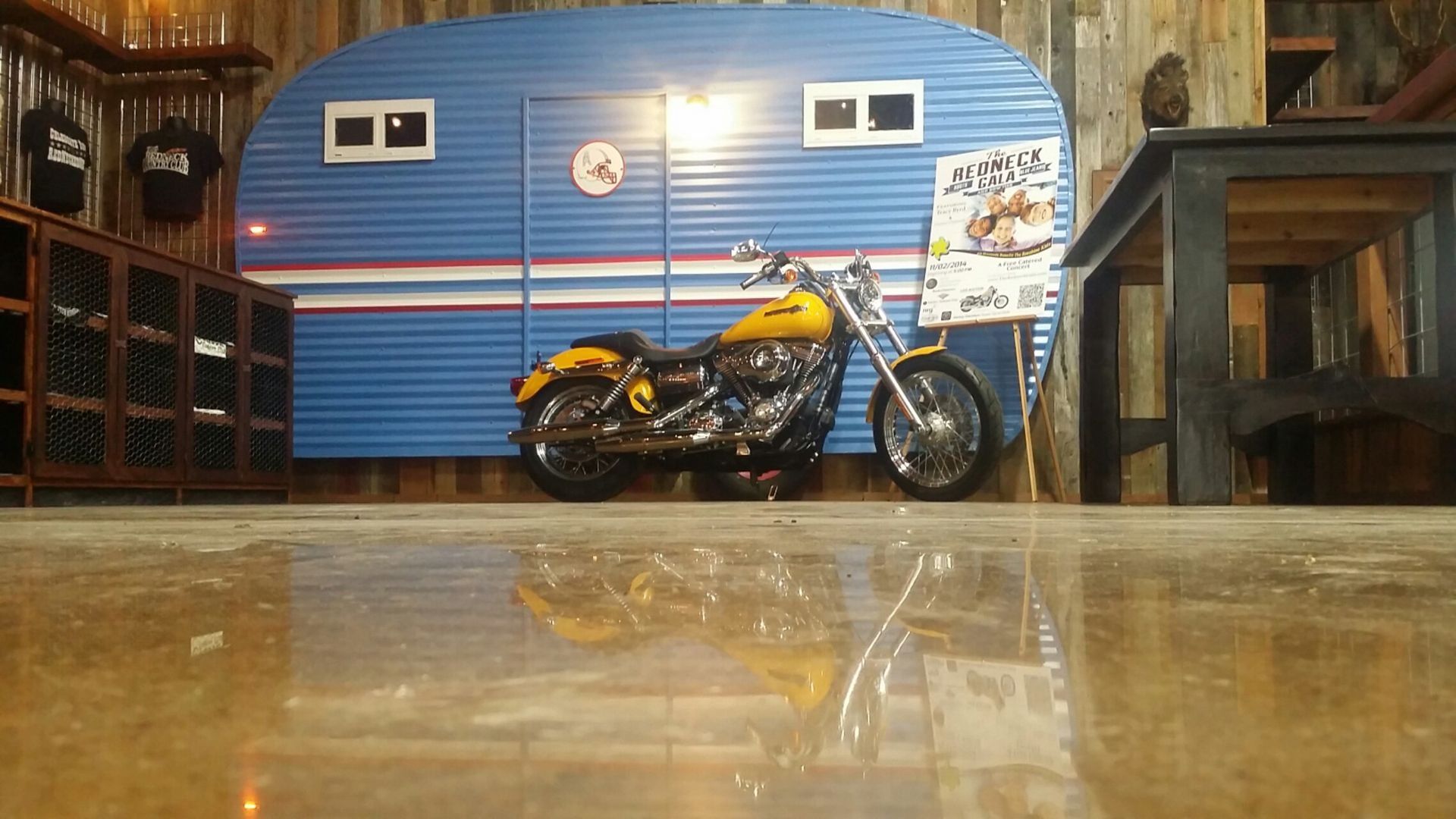 We install, repair and services 100% garage floor coating Houston TX and flooring Houston. We give best designs all over Houston city , hurry and call us ...