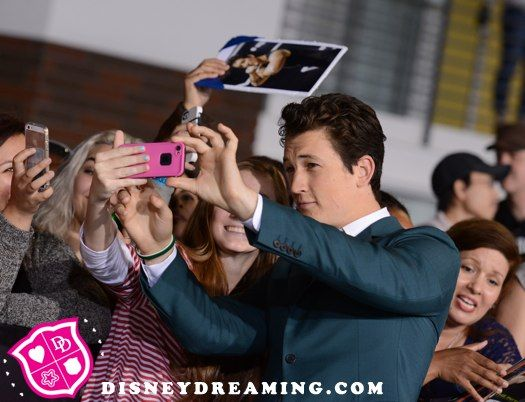 """Miles Teller's handsome """"Divergent"""" movie premiere style!"""
