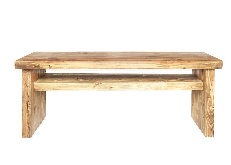 pequeo mueble de televisin de madera reciclada