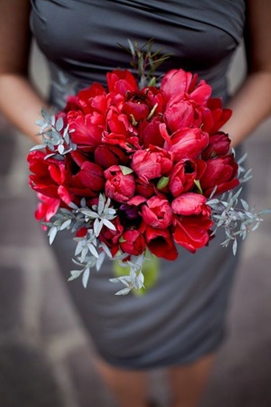 Winter Wedding Ideas 26 Chic And Sophisticated Red Grey