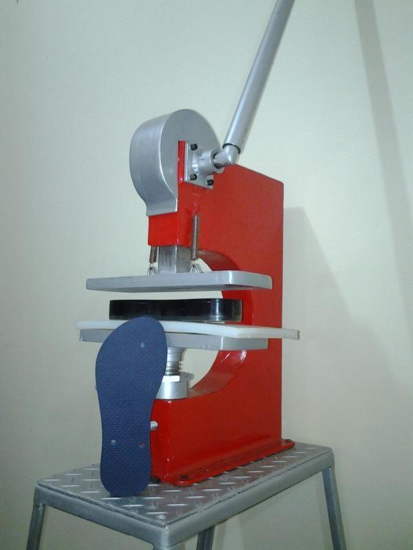 7b2b98bf72 SANDALMAQ - Máquina de Fazer Chinelos - Tudo para produção de chinelos -  Monte sua Fábrica de Chinelos - Máquina de fazer chinelos