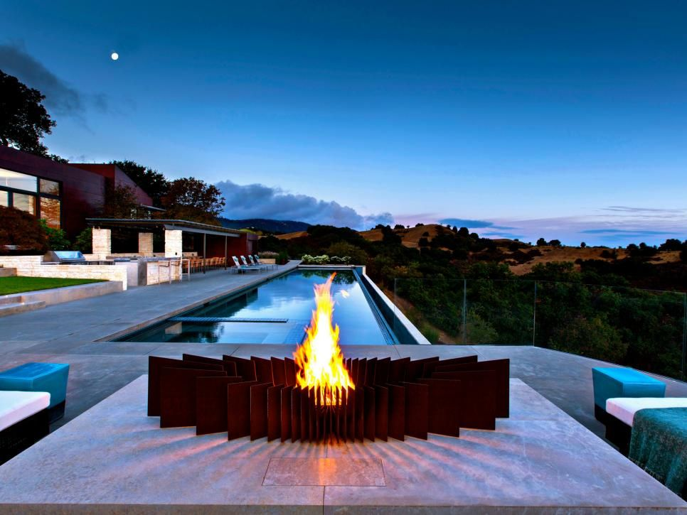 The Jaw Dropping Fire Pit Is The Only One In Our Roundup That You