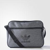 3f68c7d5f Bolsa Airliner Adicolor - Preto adidas   adidas Brasil
