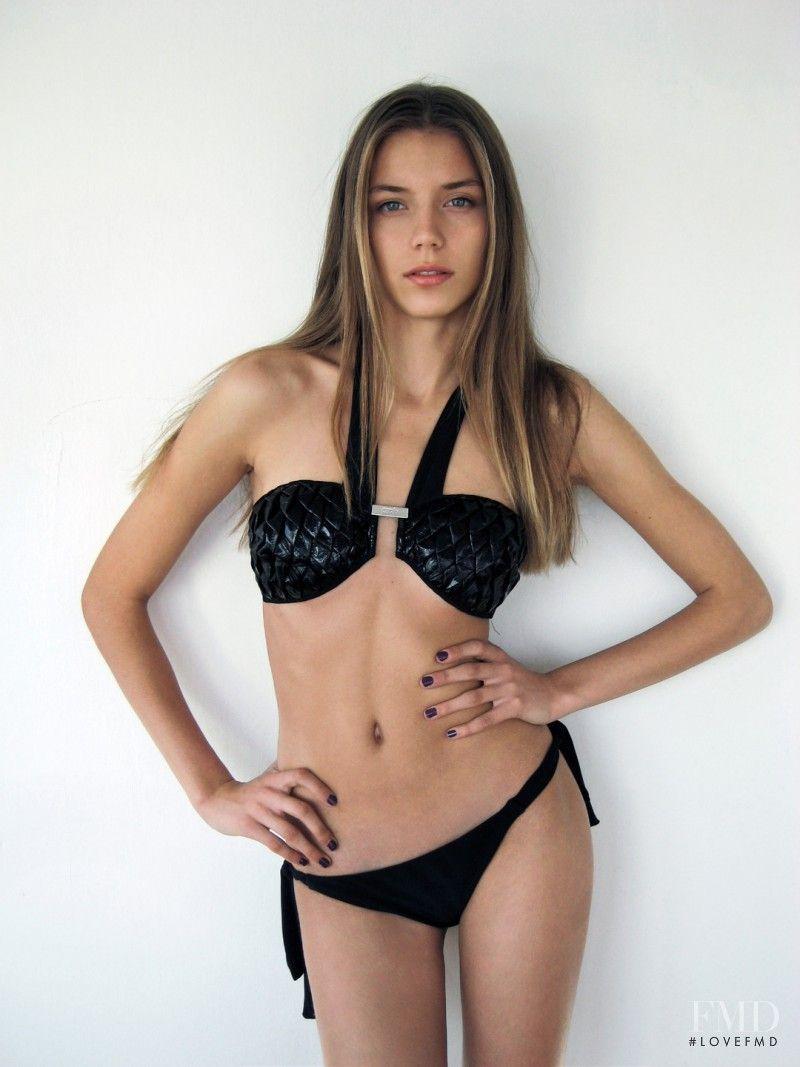 Model valentina Meet Valentina