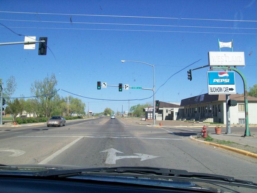 Poplar, MT : at the street lightn at highway 2