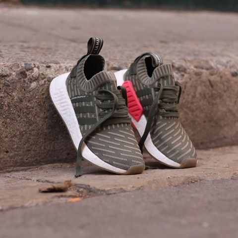 Adidas NMD_R2 Primeknit Women St Major Shock Pink BY9953