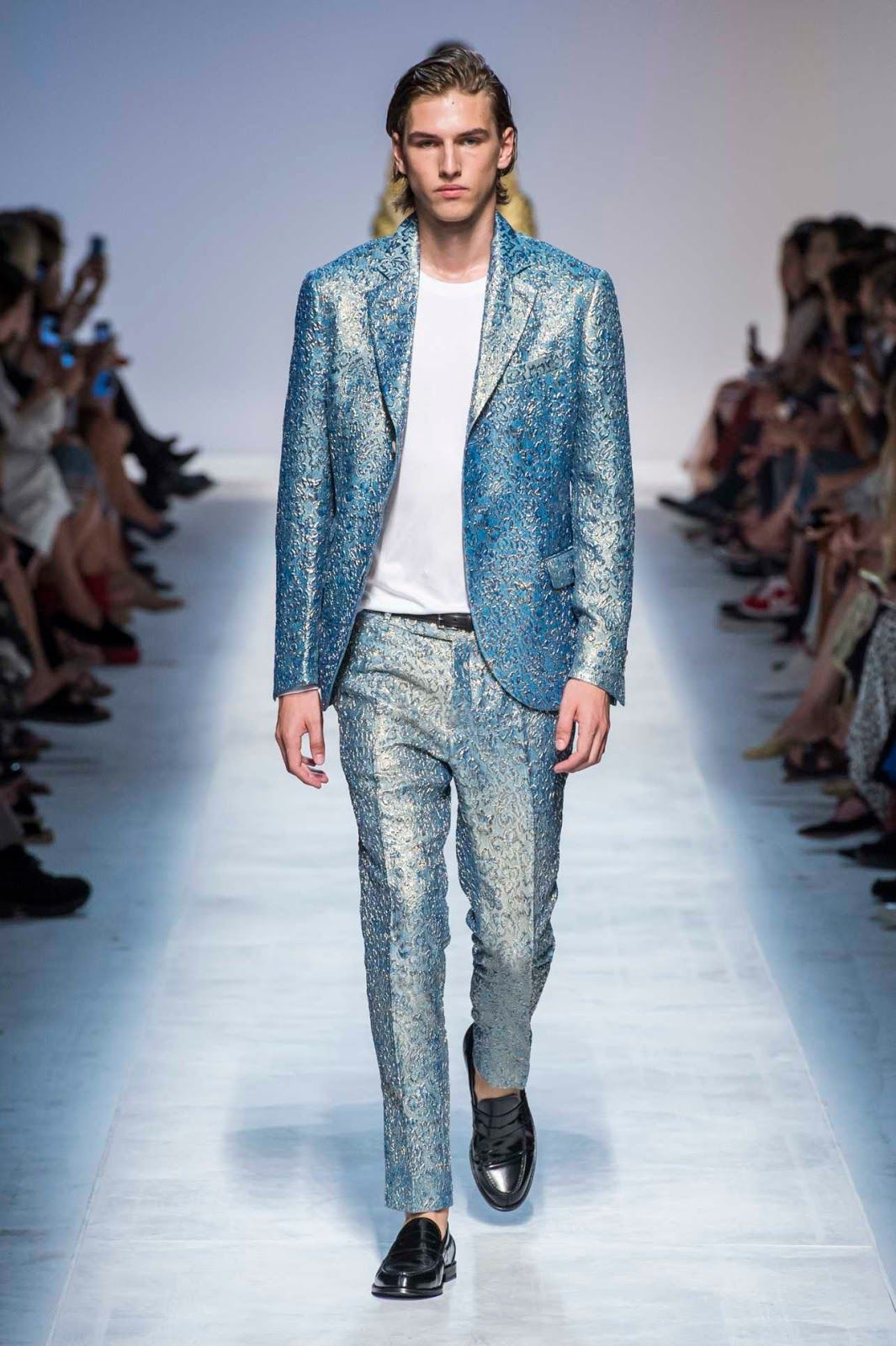 9c861cd4423 Ermanno Scervino Spring-Summer 2019 Runway Show - Male Fashion Trends