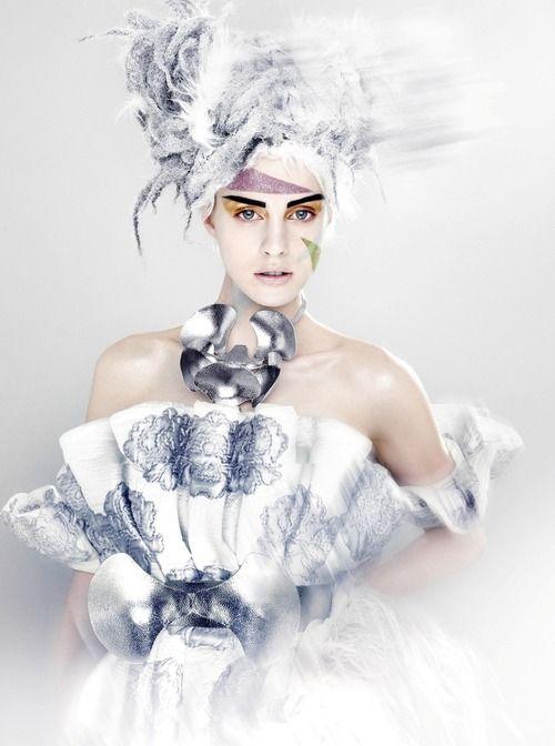 Alexander McQueen. Julia Frauche by Kenneth Willardt, Vogue Japan, January 2013.