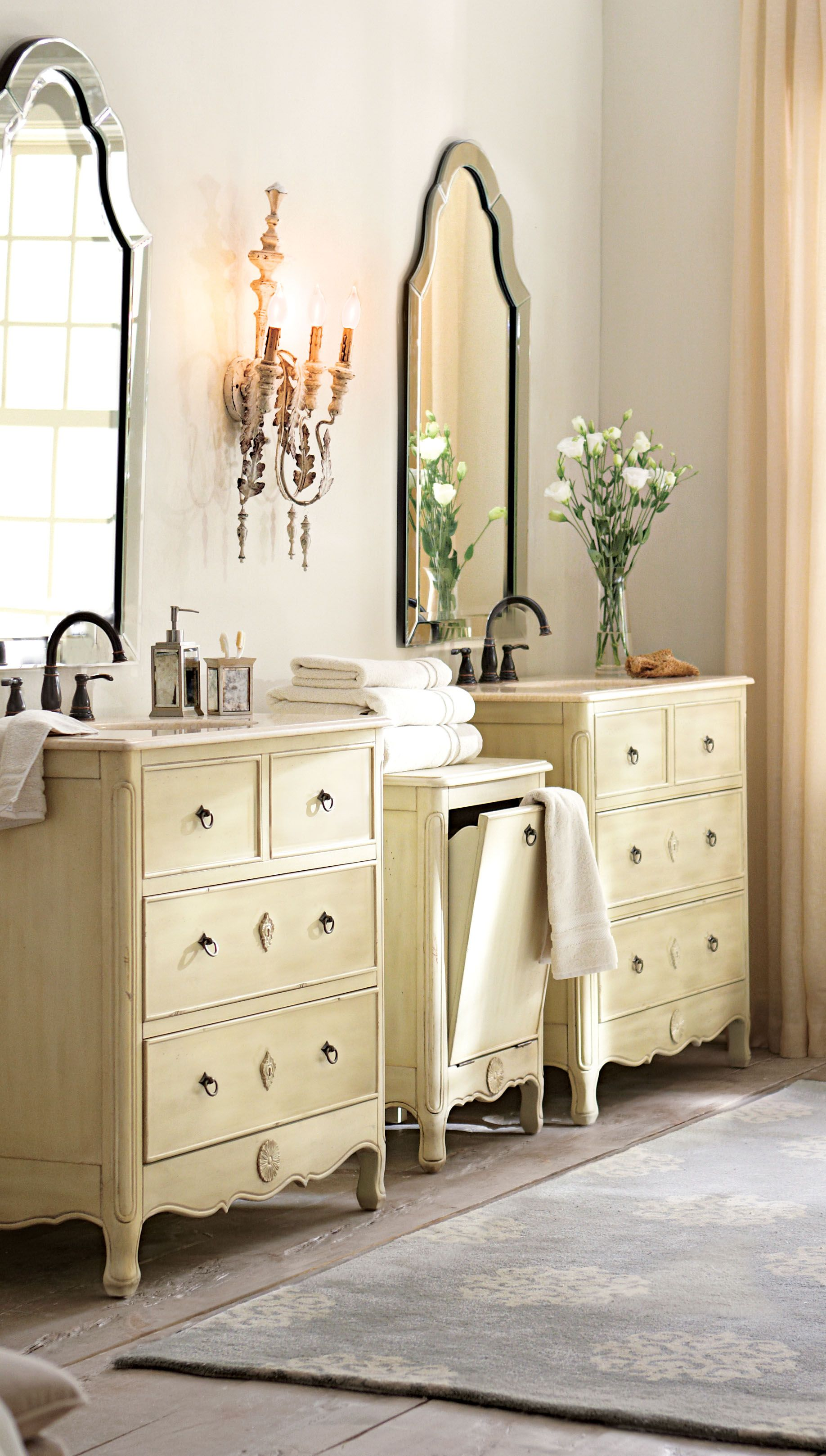Instead Of The Usual Double Bath Vanity Try Two Single Bath