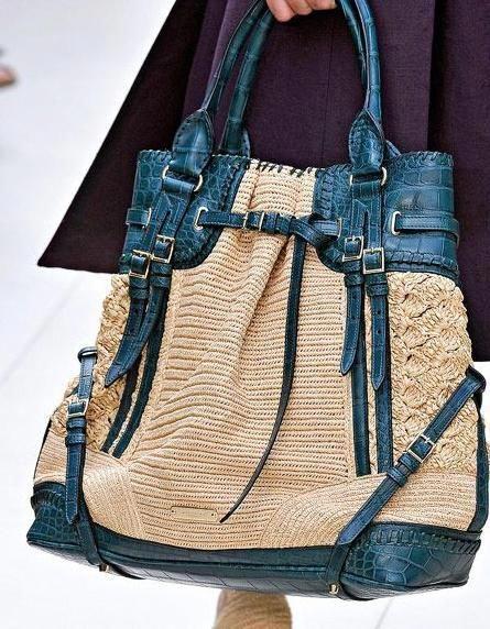 93a4a85bb1a0 burberry handbags buy online  Pradahandbags