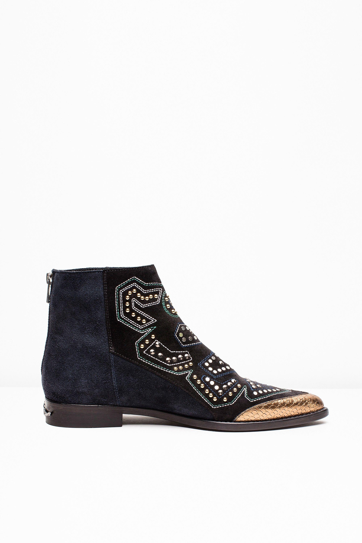 Desert Boots En Daim Rose Avec L'île De La Rivière Oeillets VeCdrqCdc