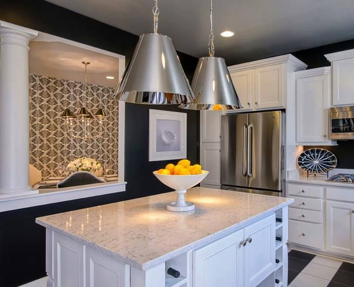 This kitchen design by M/I Homes, Inc. balances traditional elegance ...