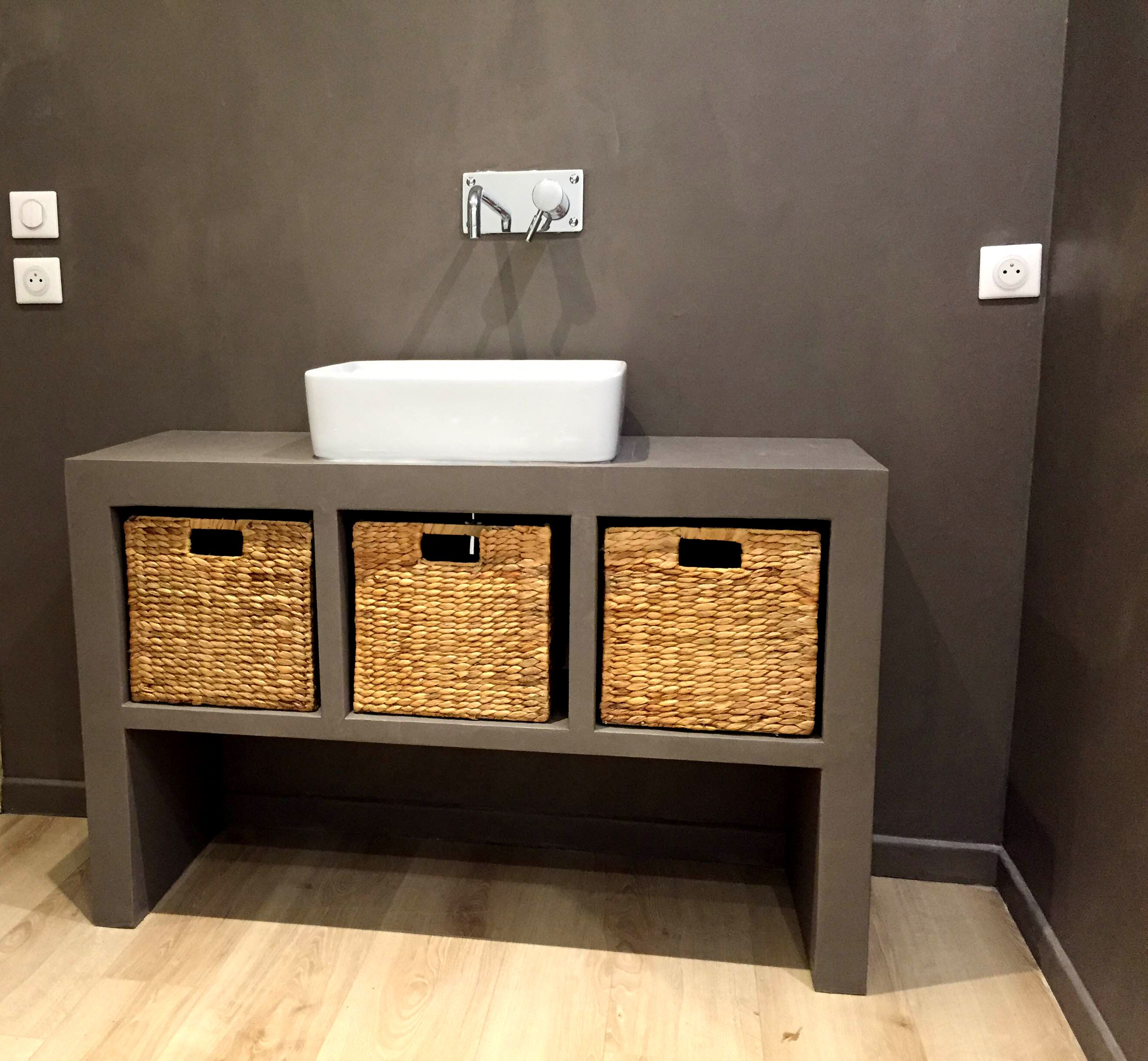 Meuble En Béton Ciré réalisation: concrete design, meuble de salle de bain en