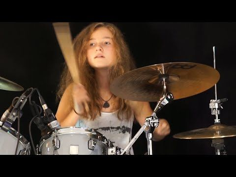 Cannibal Corpse Hammer Smashed Face Drum Cover By Nea Batera Youtube Drum Cover Female Drummer Girl Drummer