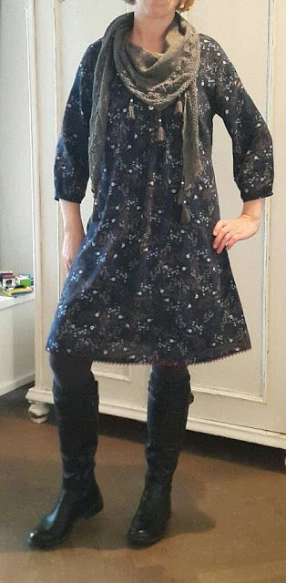 ´t Naaikamertje: Weihnachtskleid Sew Along 2015 - Finale. Kleid aus der Esme Bluse