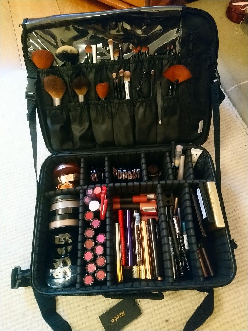 My No7 makeup kit💄💗 in 2020 Makeup bag organization