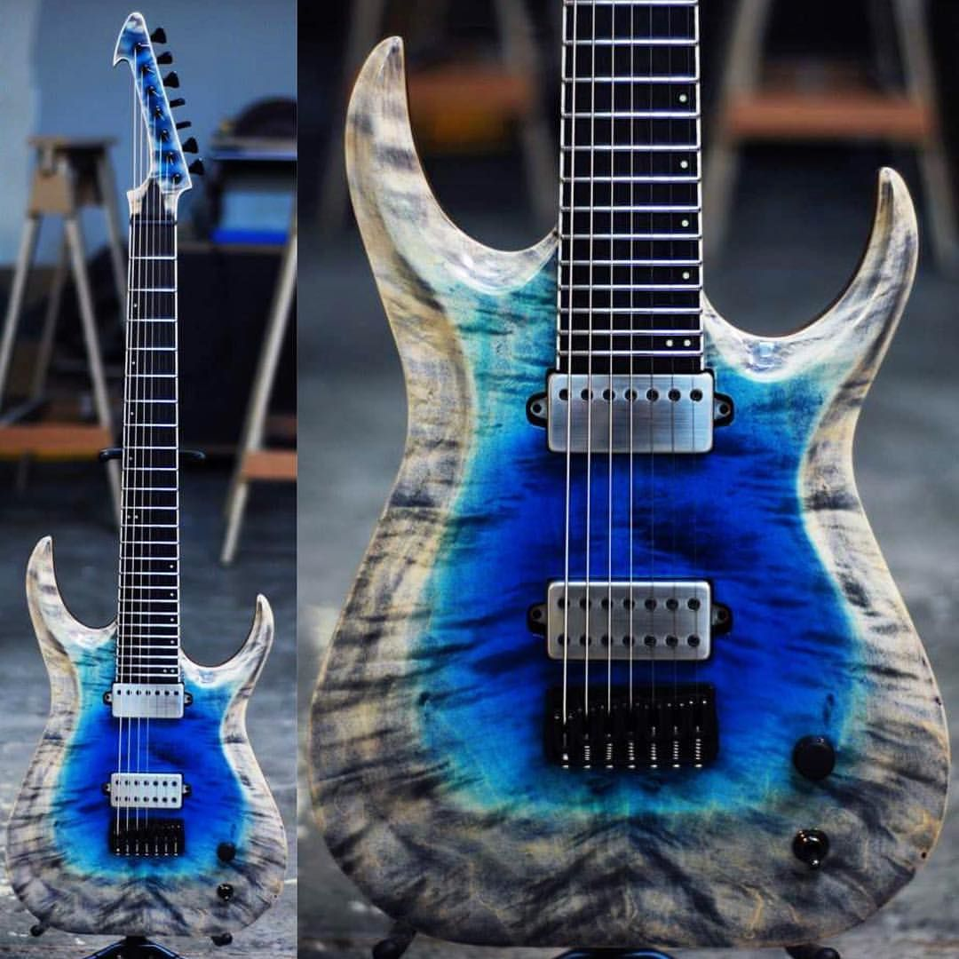 "2,075 Likes, 18 Comments - #DJENTSPACE ® (@djentspace) on Instagram: ""One of my favourite builds by @SkervesenGuitars! Built back in 2014, the Raptor 7 features a…"""
