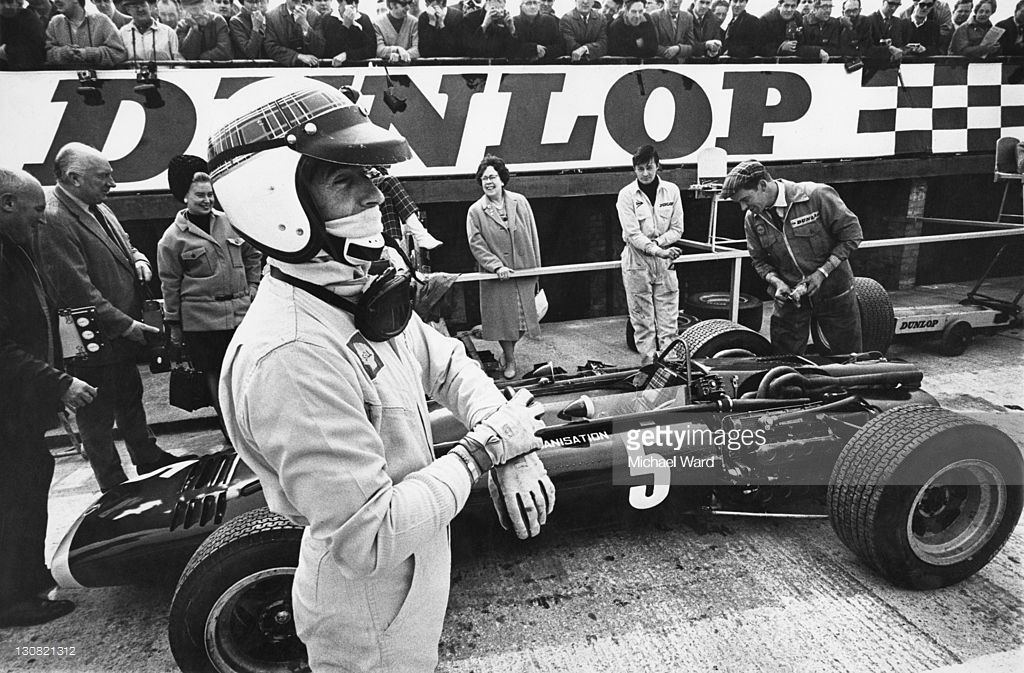 Through The Lens Grand Prize To Grand Prix Photos And Premium High Res Pictures Jackie Stewart Grand Prix Racing Racing Driver