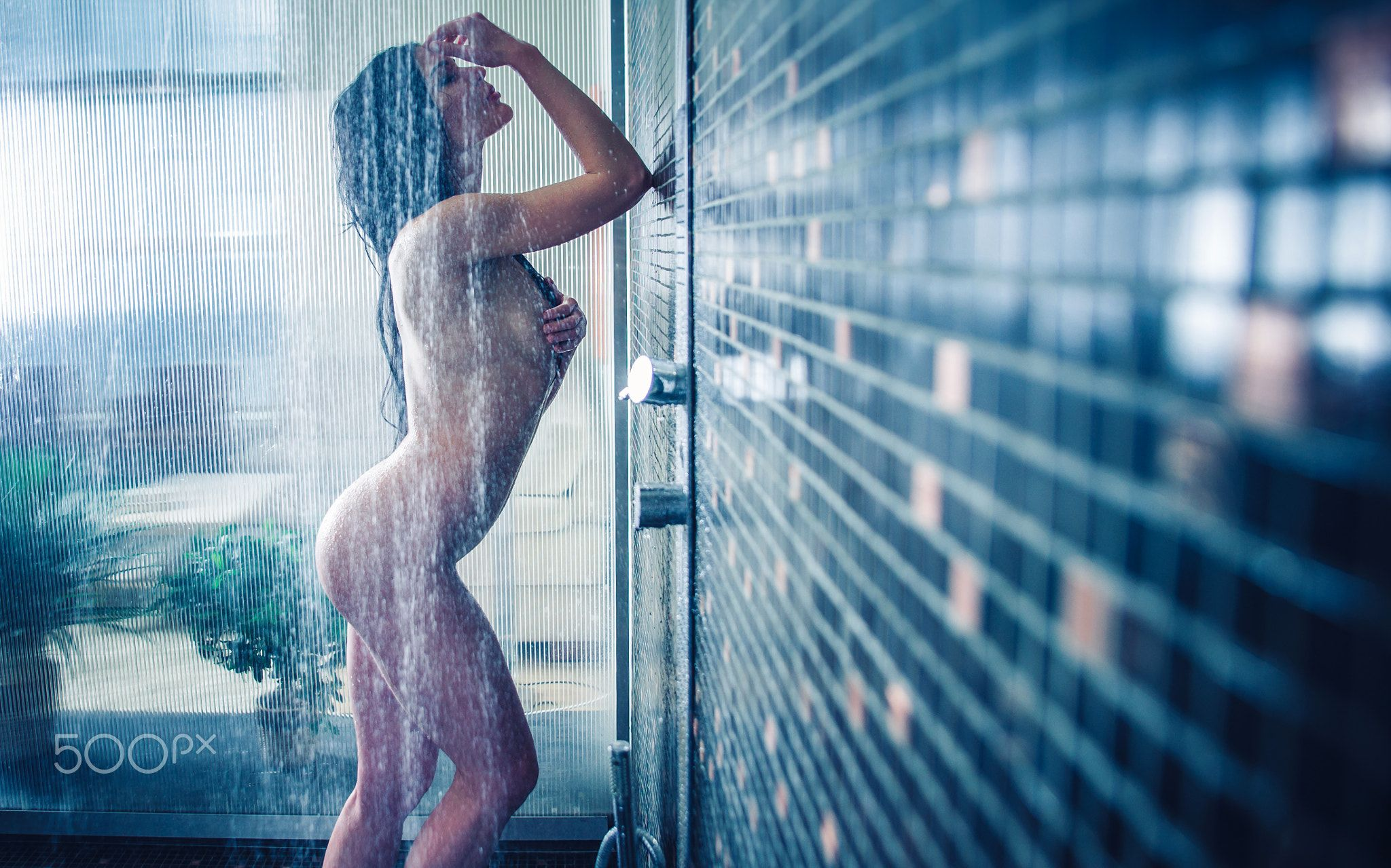 Naked Girls In The Shower Pics
