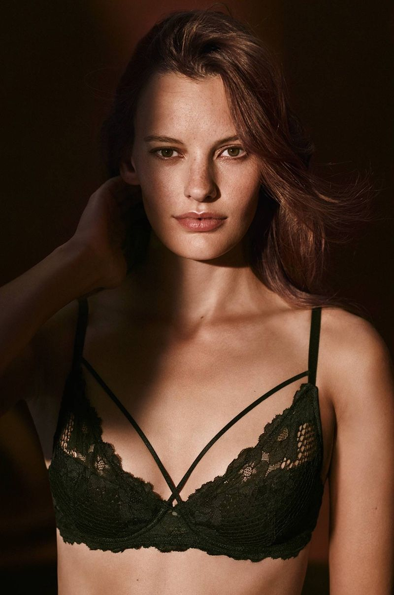 549ed977fb 6 Lingerie Looks from H M That Are Perfect for Valentine s Day