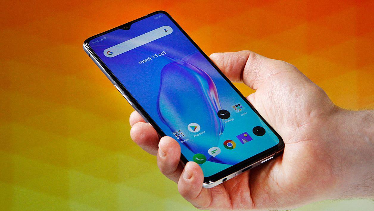 Top 10 Les Meilleurs Smartphones De 200 A 500 Euros Janvier 2020 Astuce Iphone Trucs Et Astuces Et Tablette