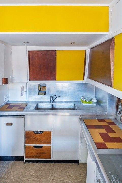 an original kitchen by Le Corbusieru0027s Unité du0027more Habitation, Cité