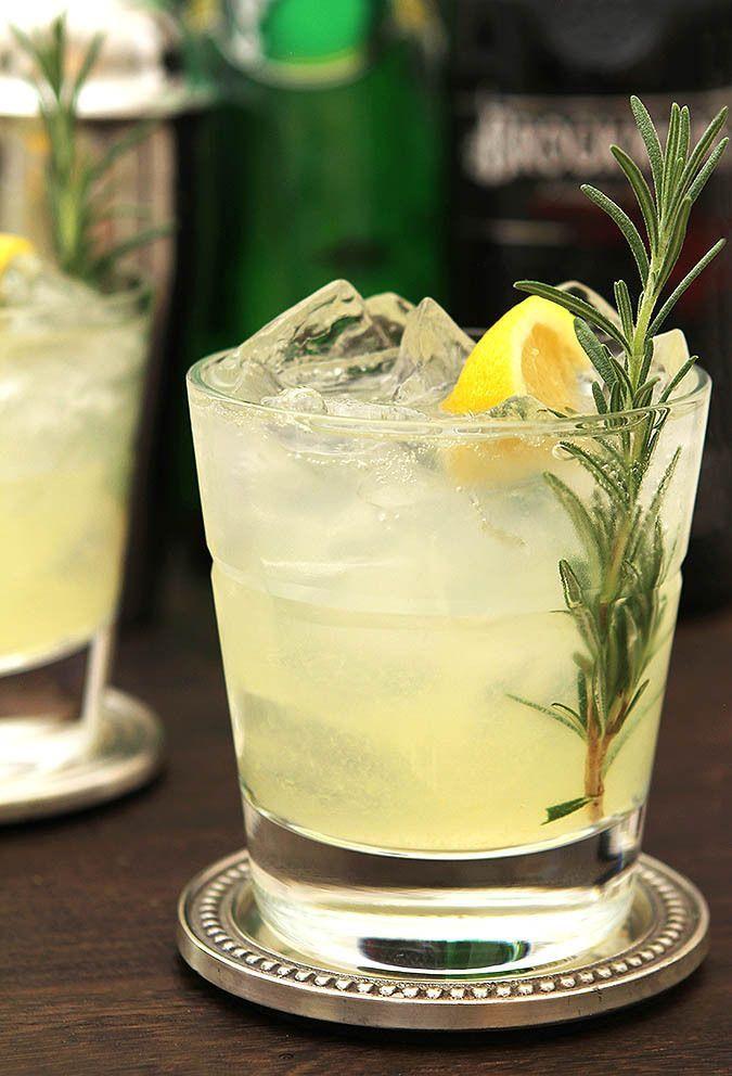 Rosemary and Gin Sparkling Lemonade