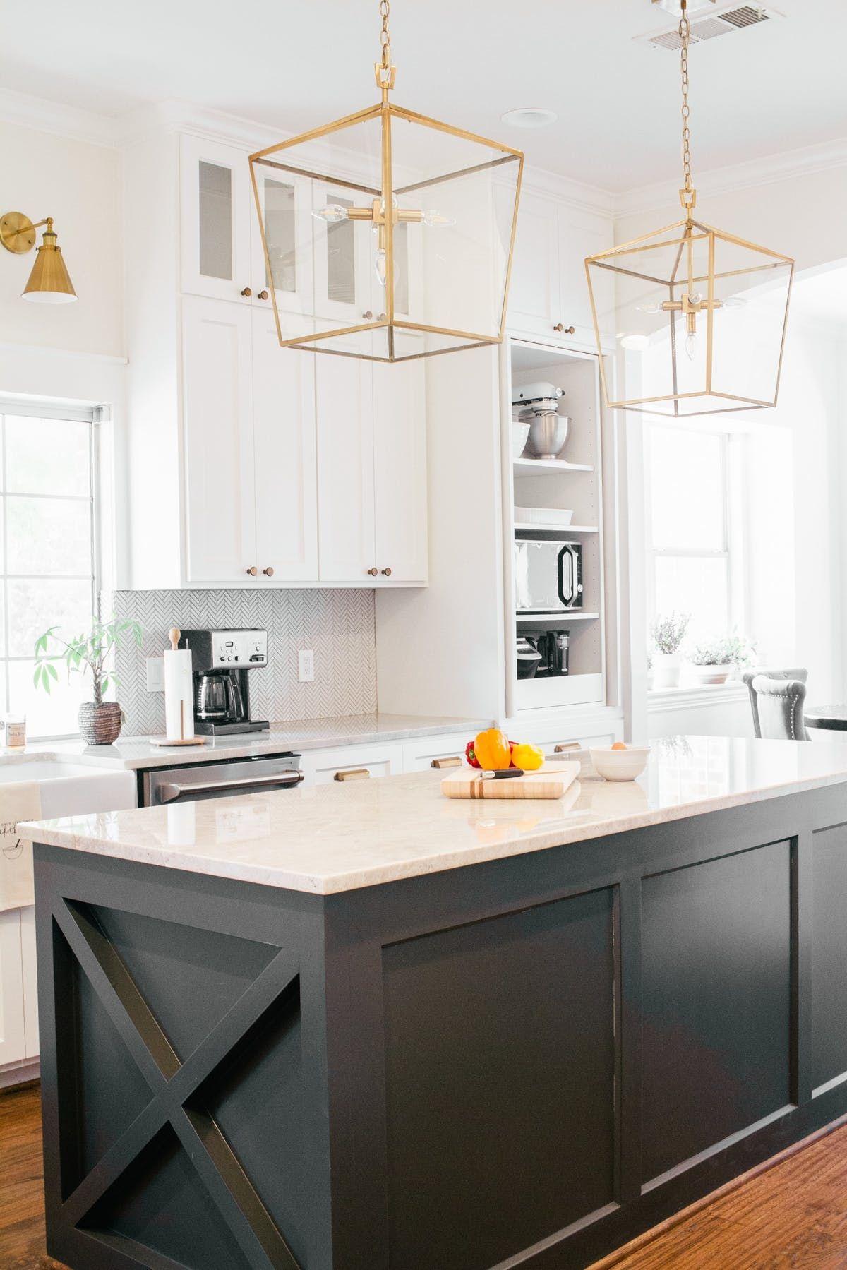 a coastal farmhouse in white done so right farmhouse style kitchen modern farmhouse kitchens on farmhouse kitchen black and white id=54495