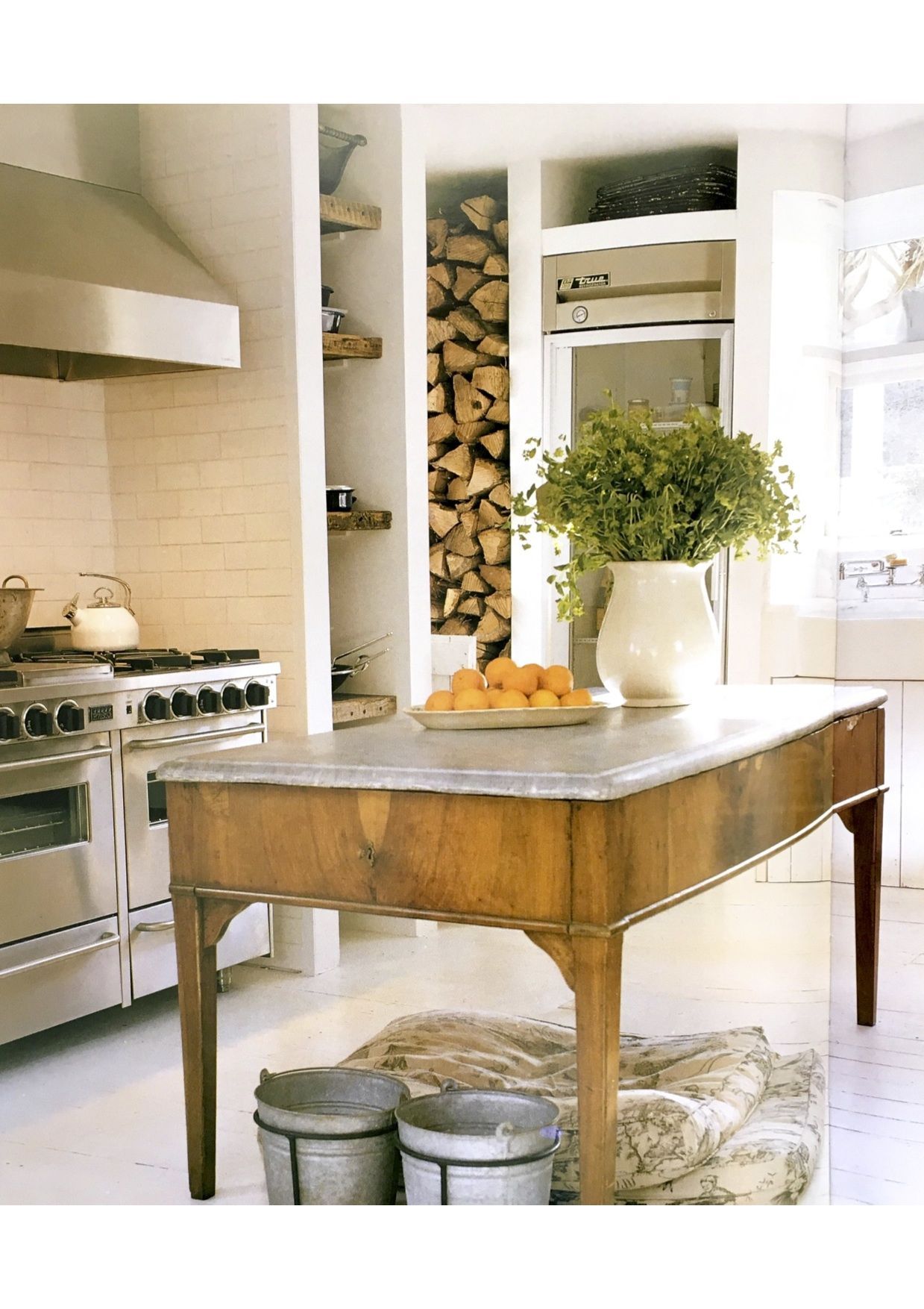 Mudroom - Table