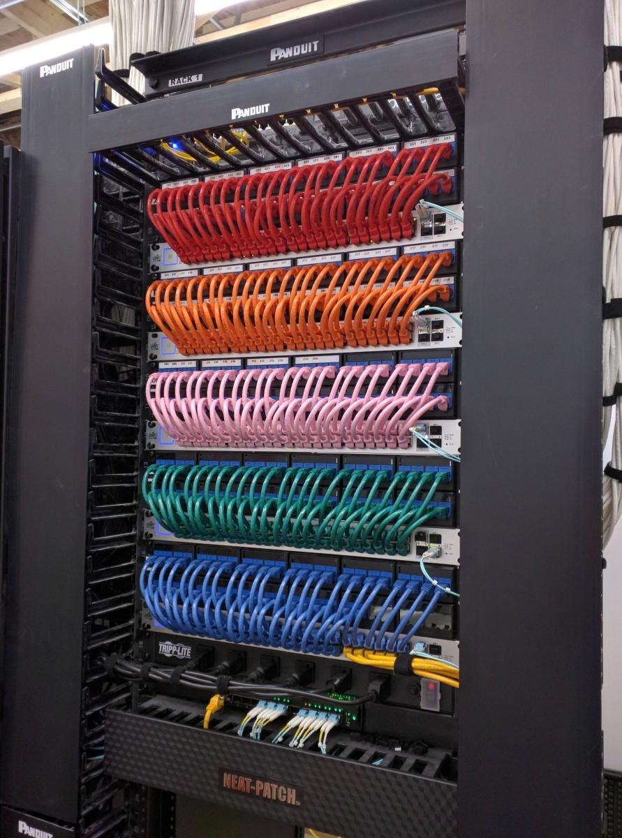 medium resolution of mousegiraffe network rack data center design structured cabling cable management wire management