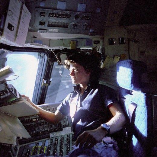 addio sally ride, prima donna usa nello spazio - repubblica.it | nasa, Presentation templates