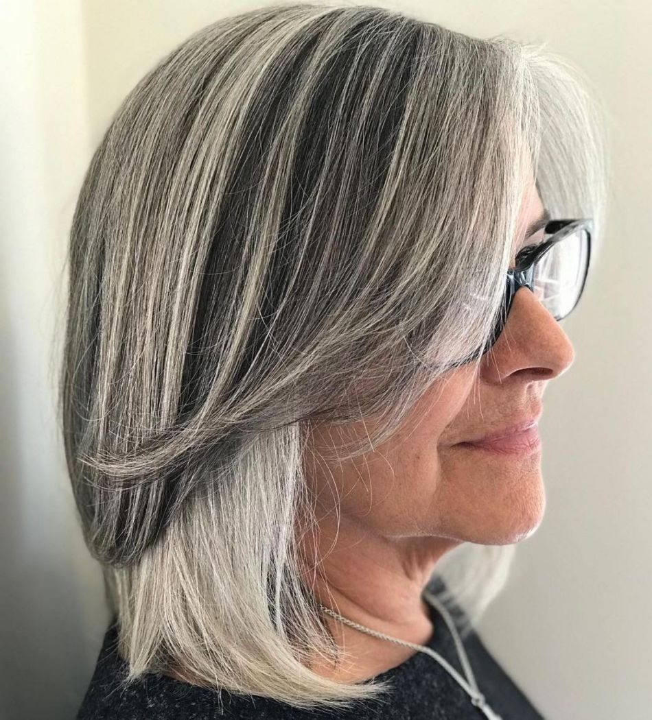 5 Universally Flattering Hairstyles for Women over 5 with